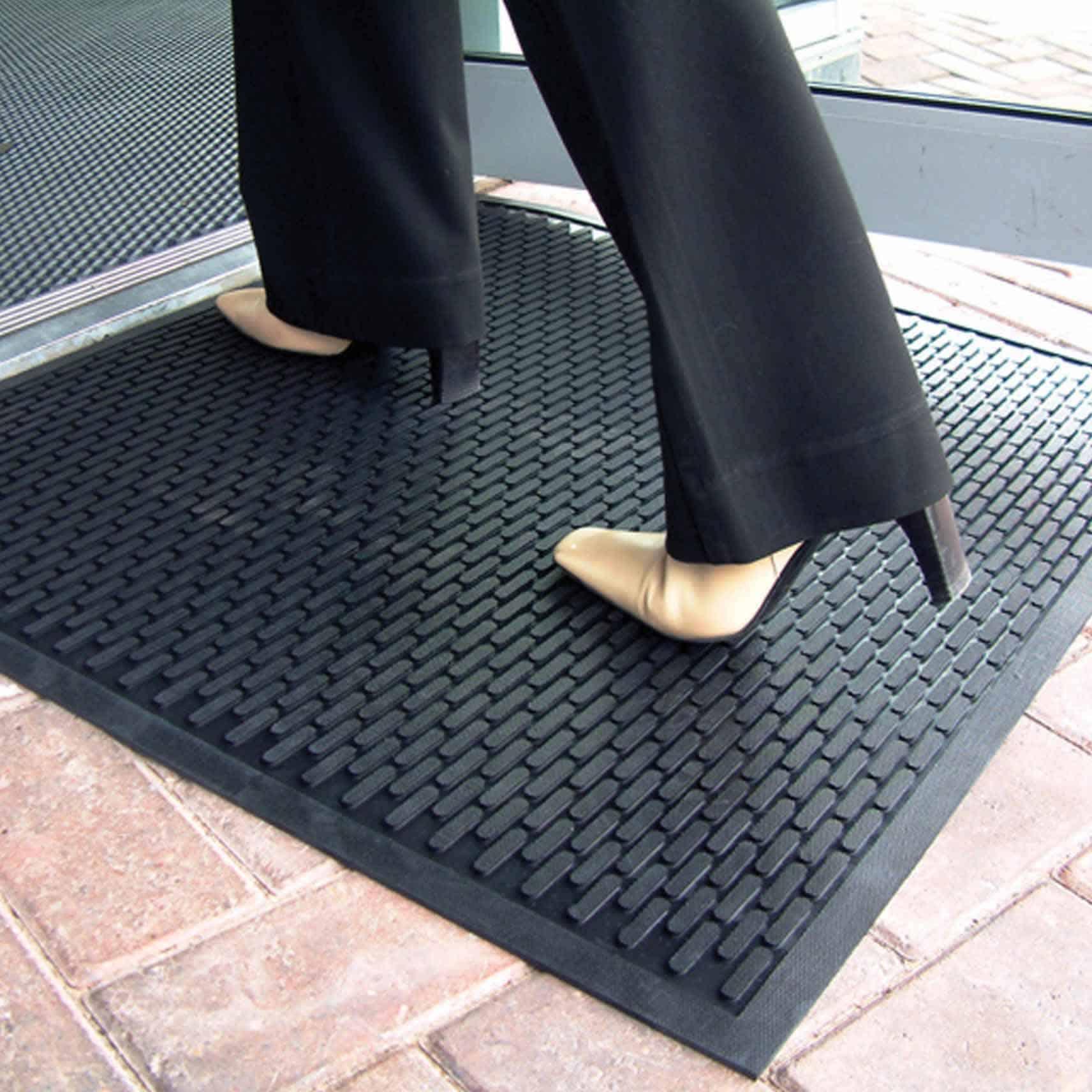 COBAscrape Nitrile Slip Resistant Floor Matting