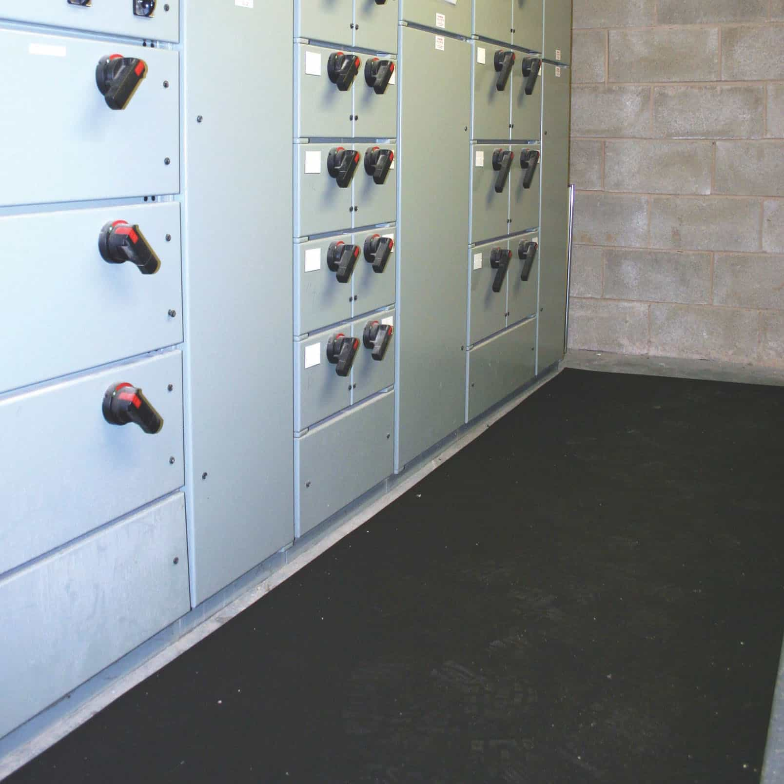 COBAswitch Electrical Insulating Floor Matting