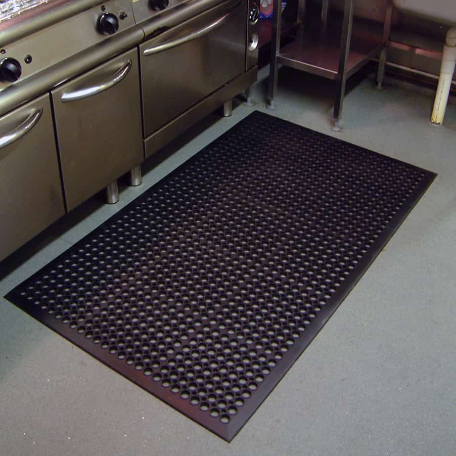 High-Duty Superior Oil Resistant Matting