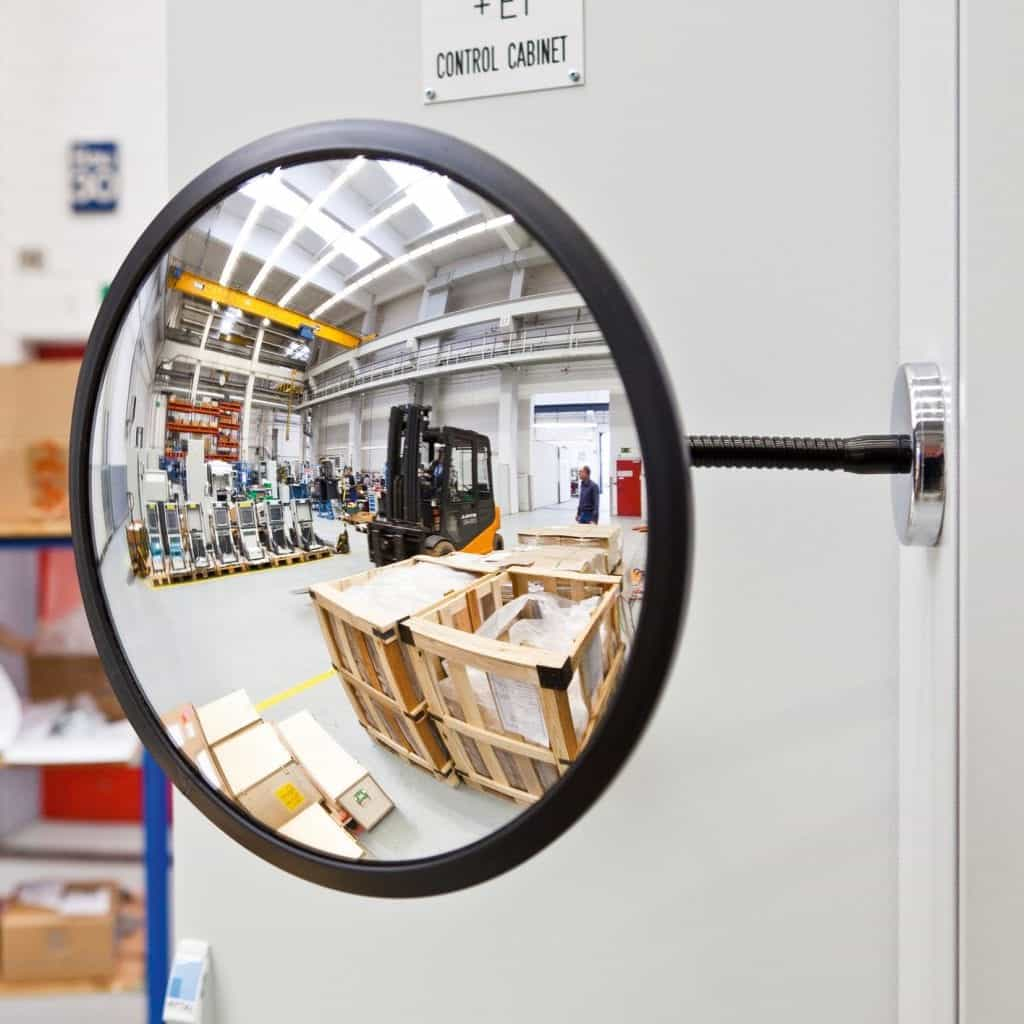 Detective Magnetic Convex Observation Mirror