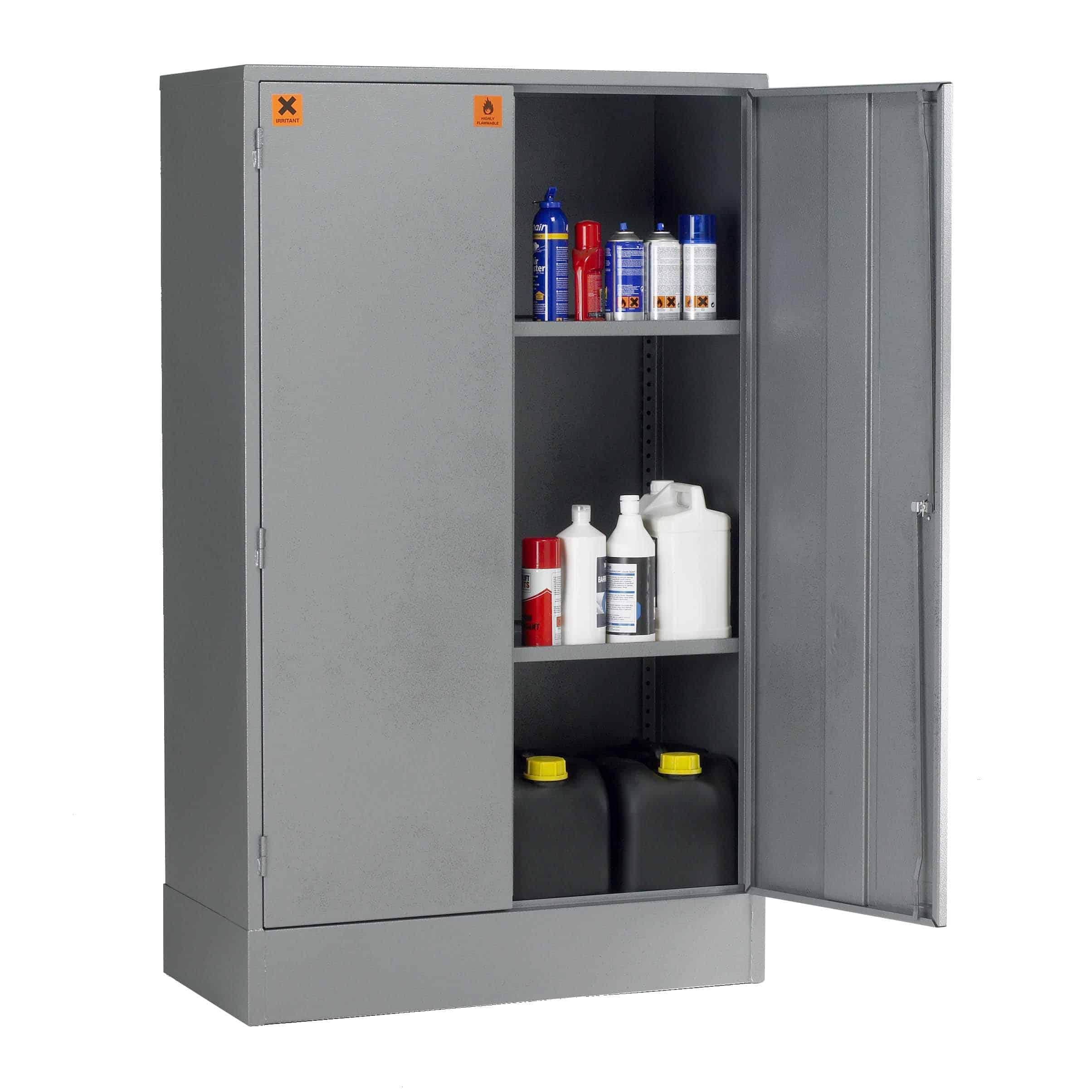 SU07C COSHH Storage Cabinets